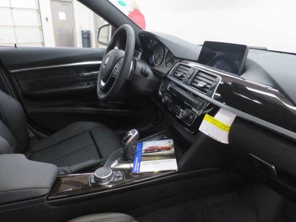 2017 BMW 3 Series 330i - 15835116 - 27