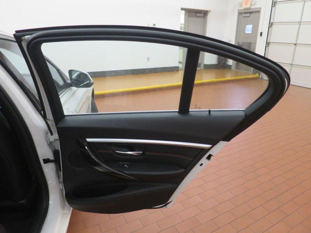 2017 BMW 3 Series 330i - 15835116 - 29