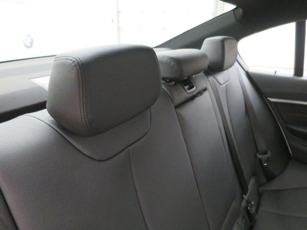 2017 BMW 3 Series 330i - 15835116 - 32