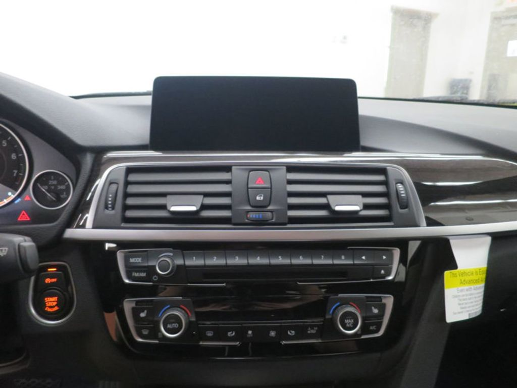 2017 BMW 3 Series 330i - 15835116 - 42