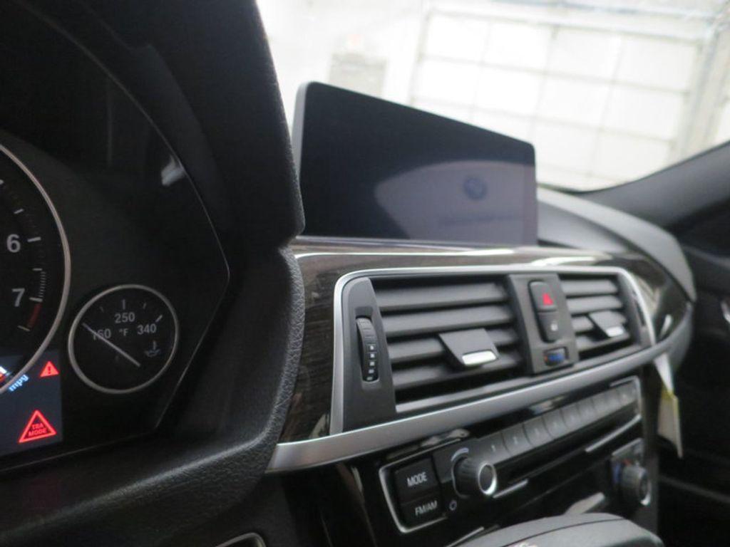 2017 BMW 3 Series 330i - 15835116 - 49