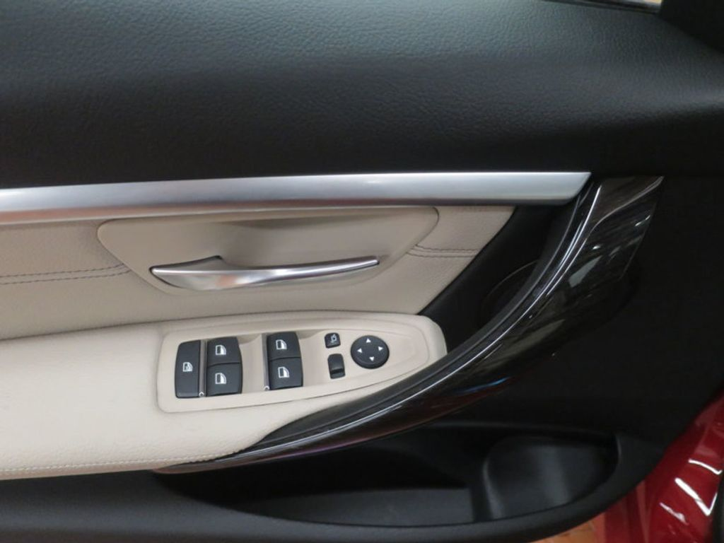 2017 BMW 3 Series 330i - 15835118 - 10