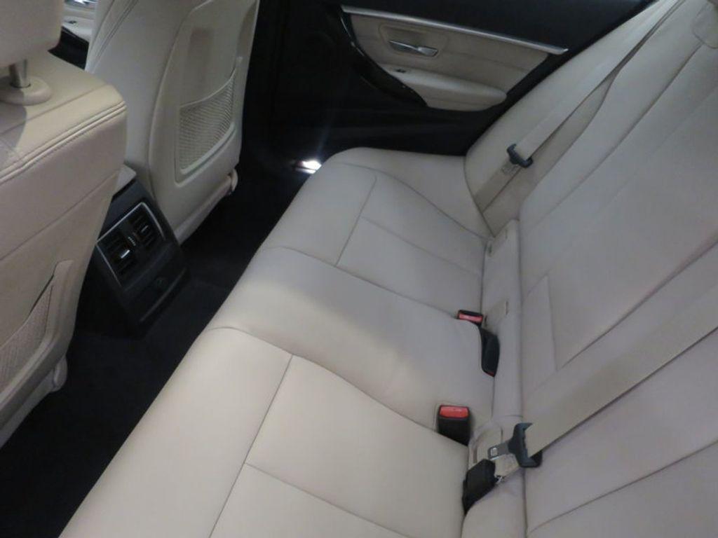 2017 BMW 3 Series 330i - 15835118 - 21