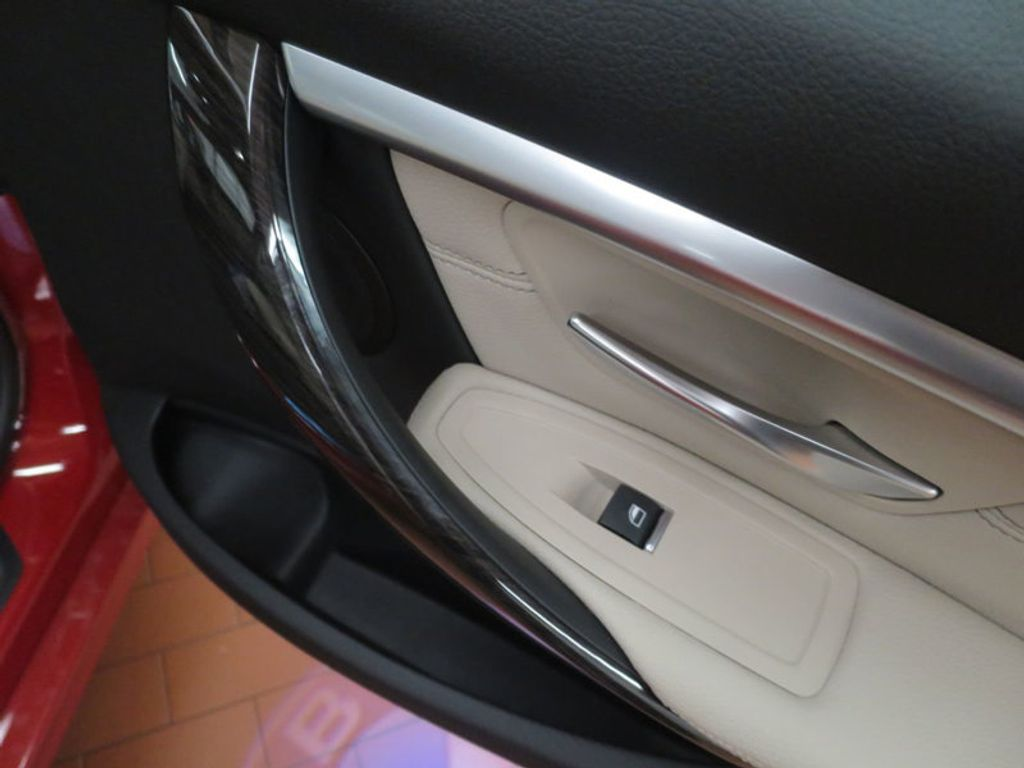 2017 BMW 3 Series 330i - 15835118 - 25