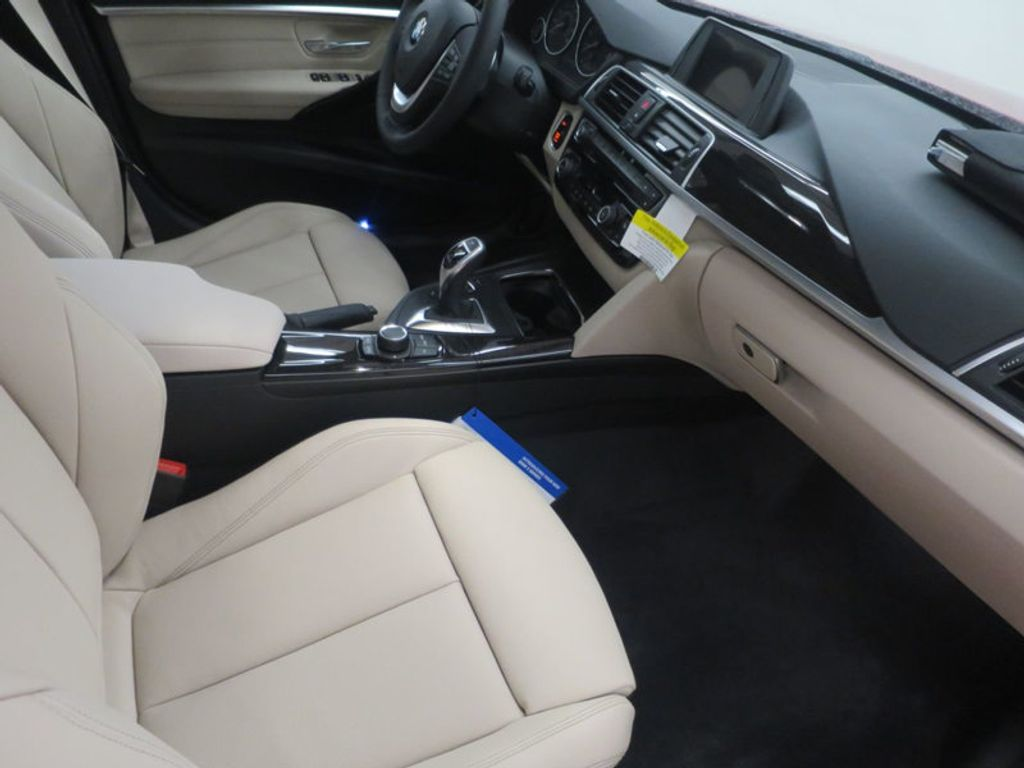 2017 BMW 3 Series 330i - 15835118 - 26