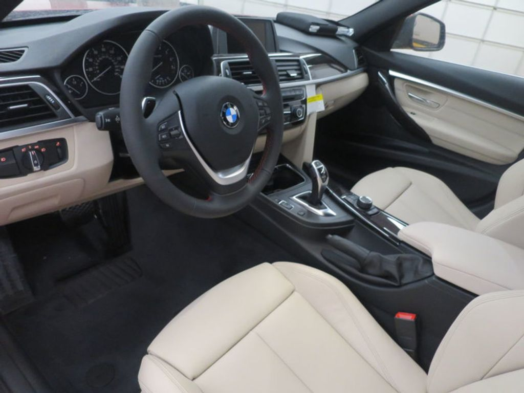2017 BMW 3 Series 330i - 15835118 - 33