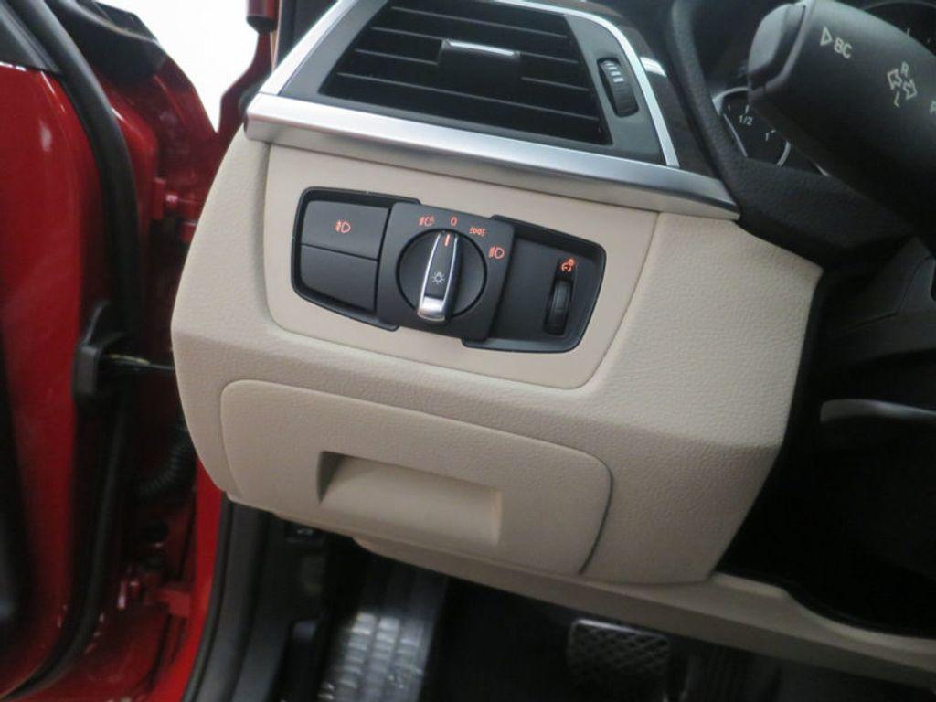 2017 BMW 3 Series 330i - 15835118 - 35