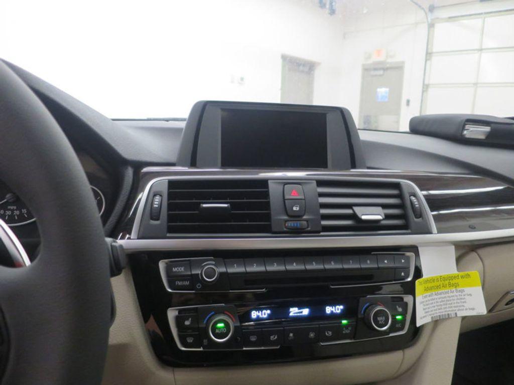 2017 BMW 3 Series 330i - 15835118 - 47