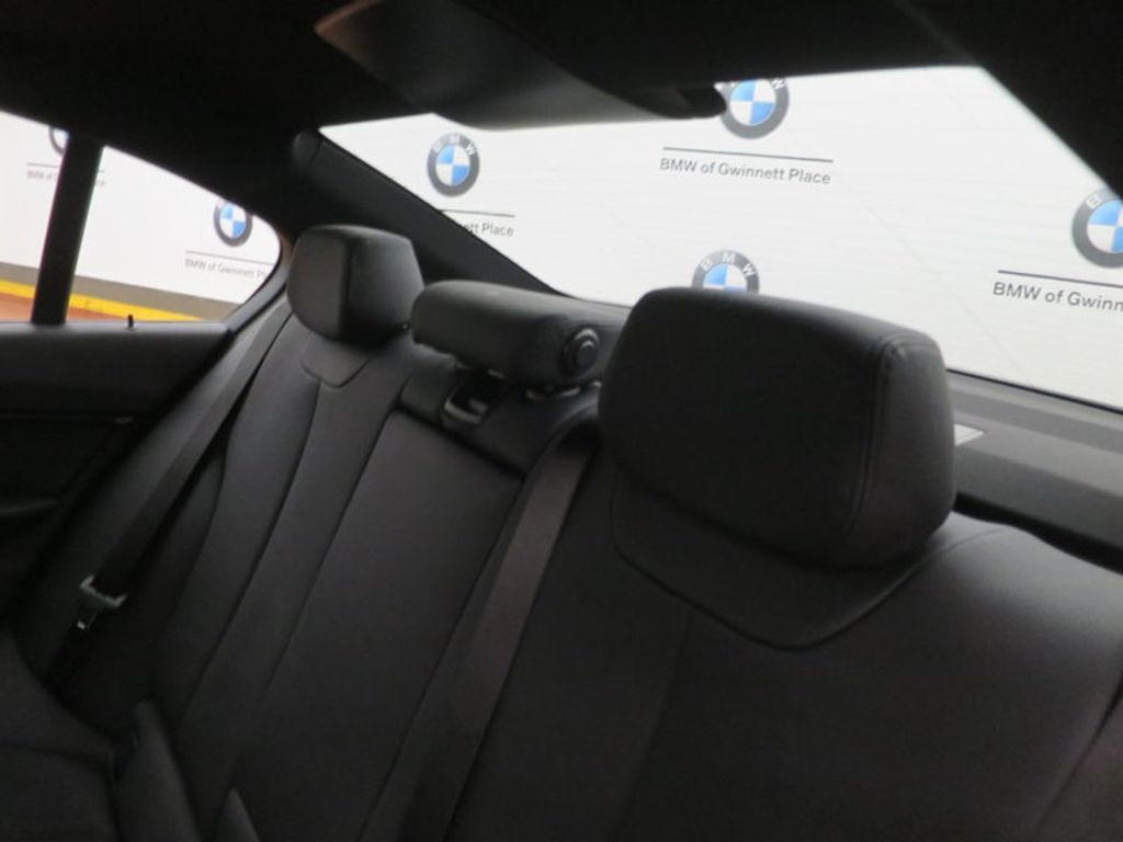 2017 BMW 3 Series 330i - 16564069 - 18