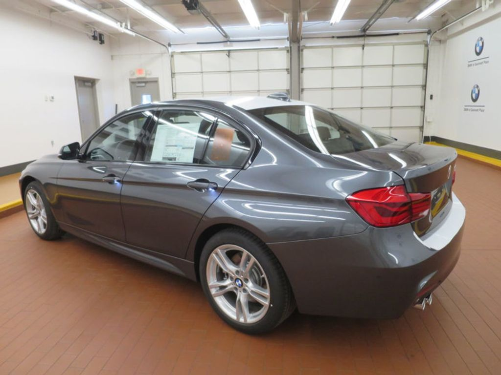 2017 BMW 3 Series 330i - 16564069 - 2