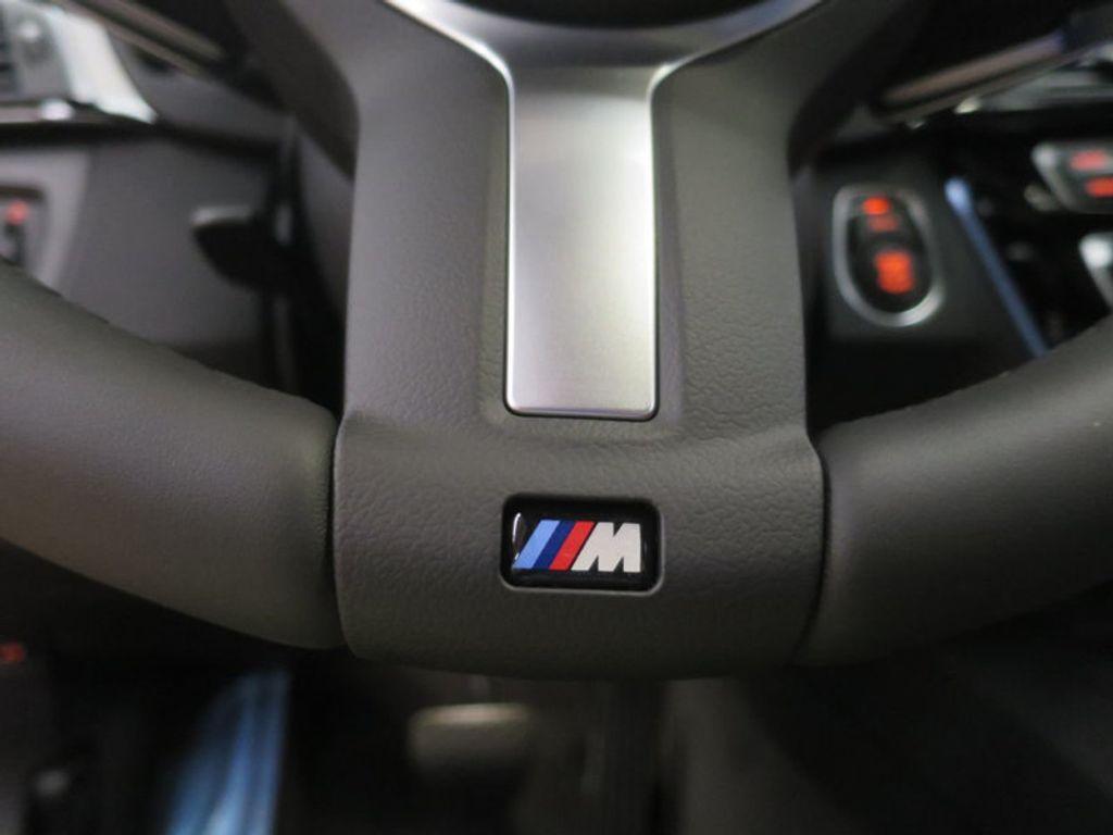 2017 BMW 3 Series 330i - 16564069 - 40