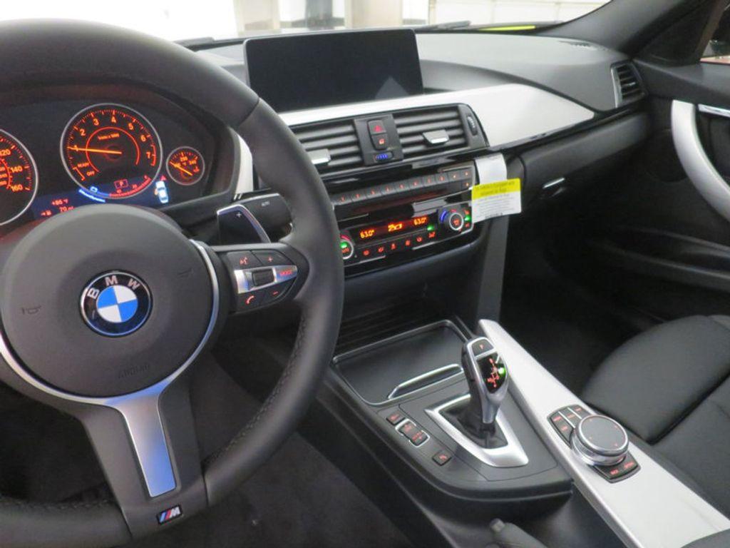 2017 BMW 3 Series 330i - 16564069 - 43