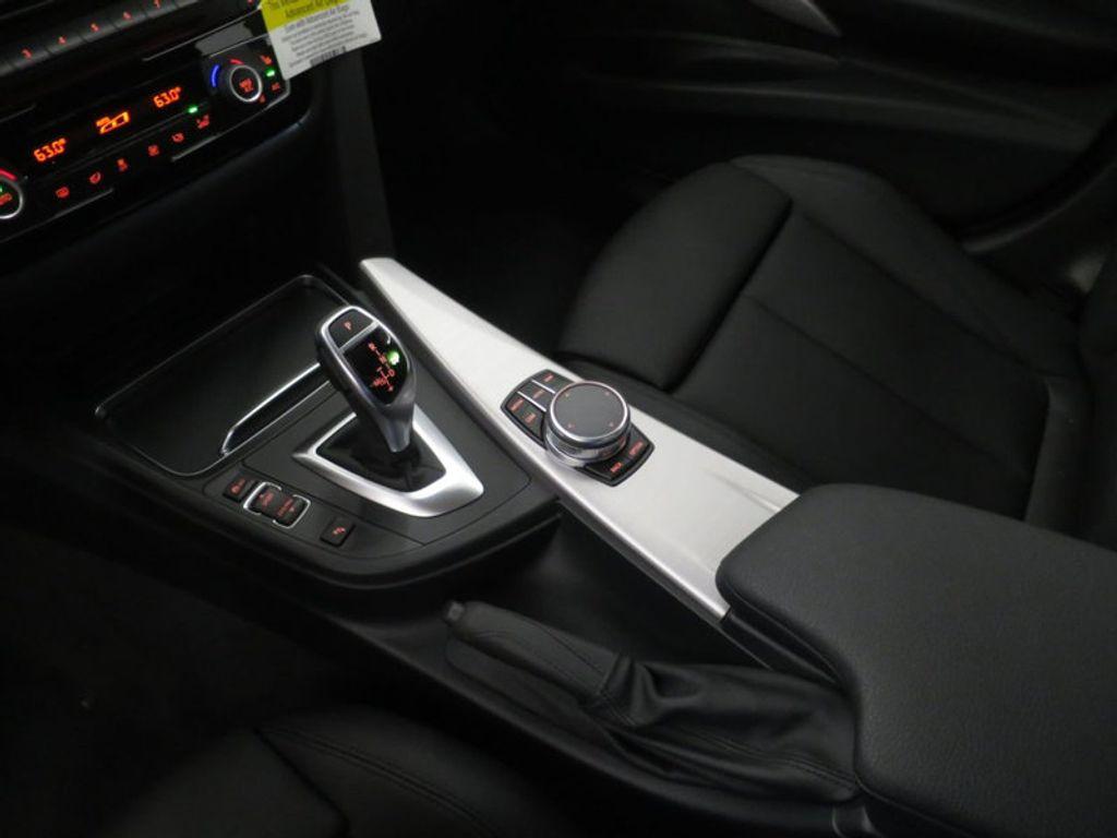 2017 BMW 3 Series 330i - 16564069 - 47