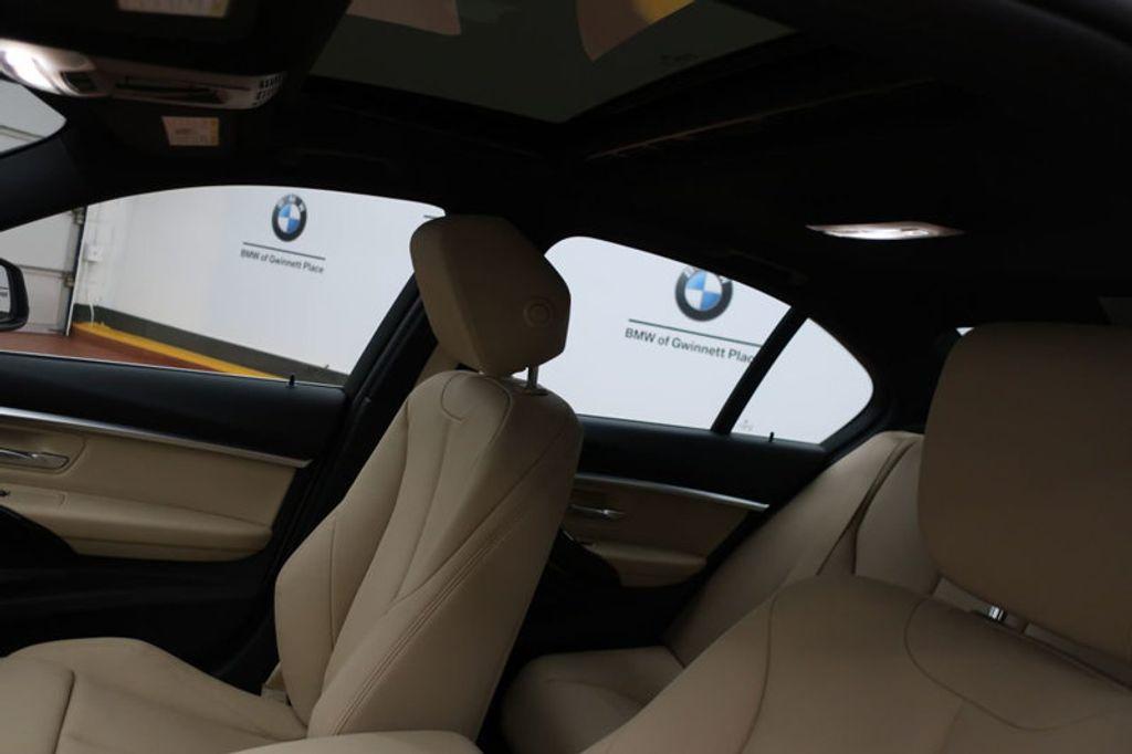 2017 BMW 3 Series 330i - 16605888 - 14