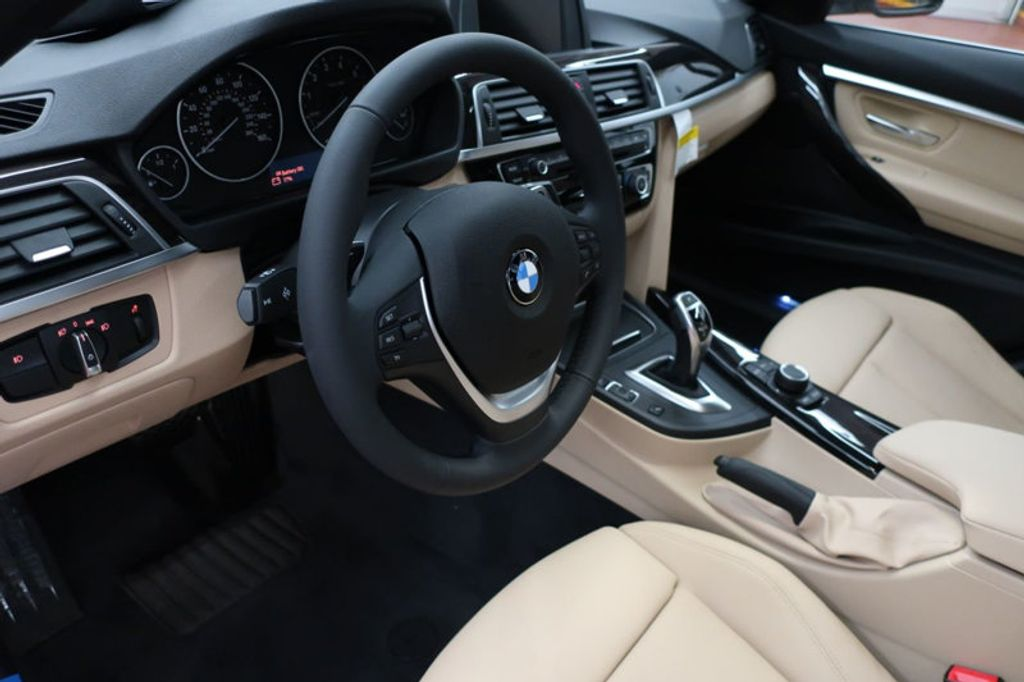 2017 BMW 3 Series 330i - 16605888 - 15