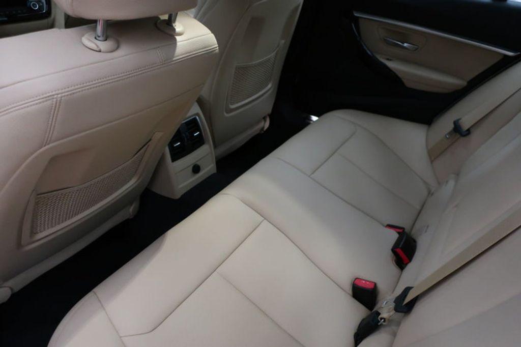 2017 BMW 3 Series 330i - 16605888 - 18
