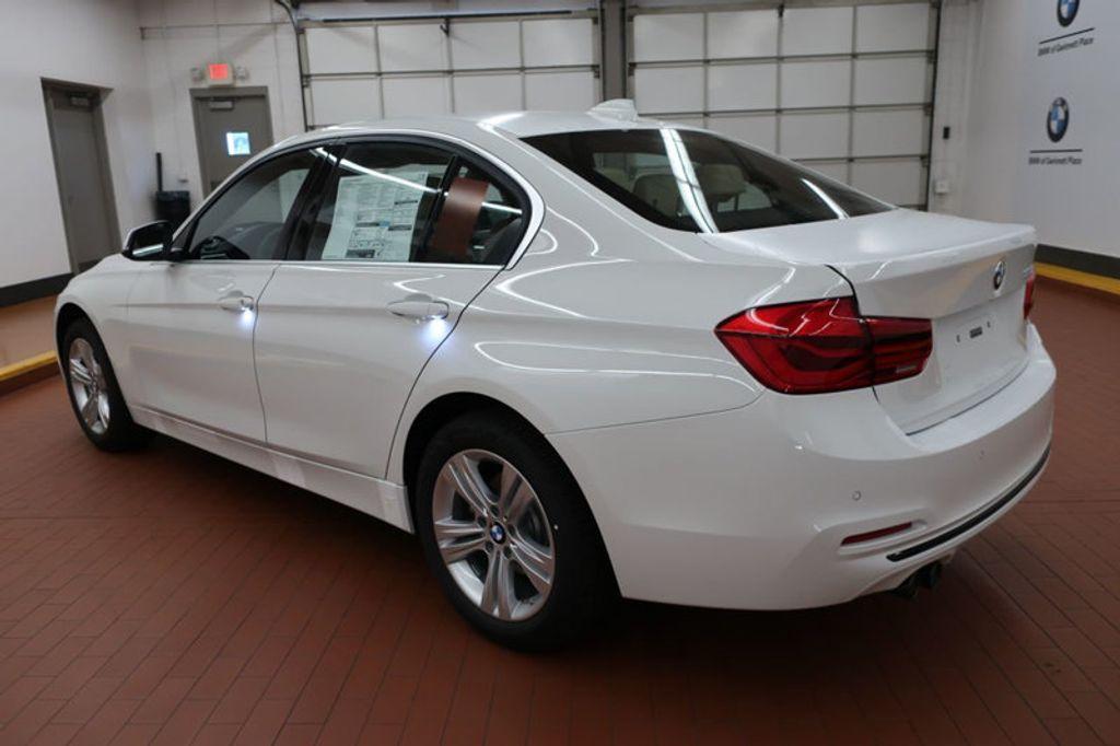 2017 BMW 3 Series 330i - 16605888 - 2