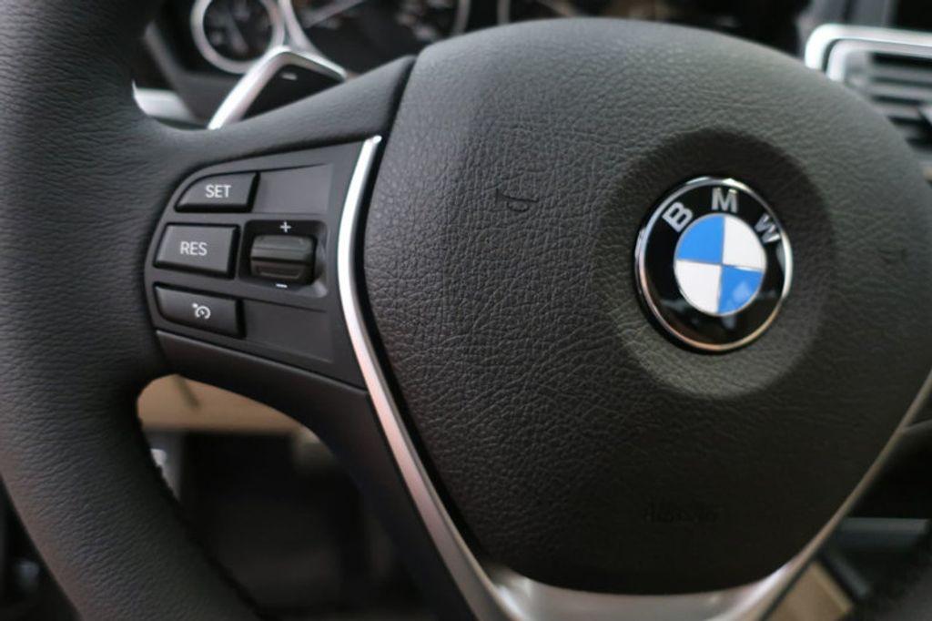 2017 BMW 3 Series 330i - 16605888 - 36