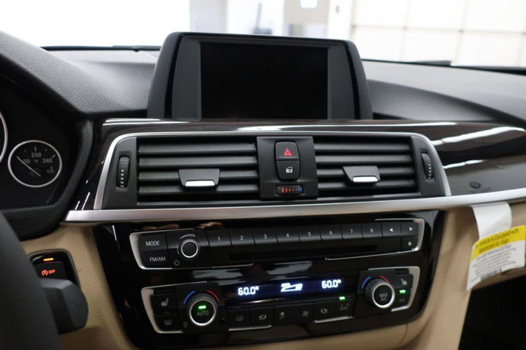 2017 BMW 3 Series 330i - 16605888 - 39
