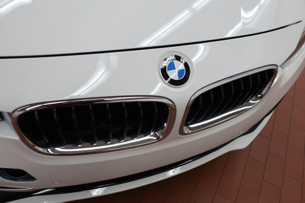 2017 BMW 3 Series 330i - 16605888 - 7