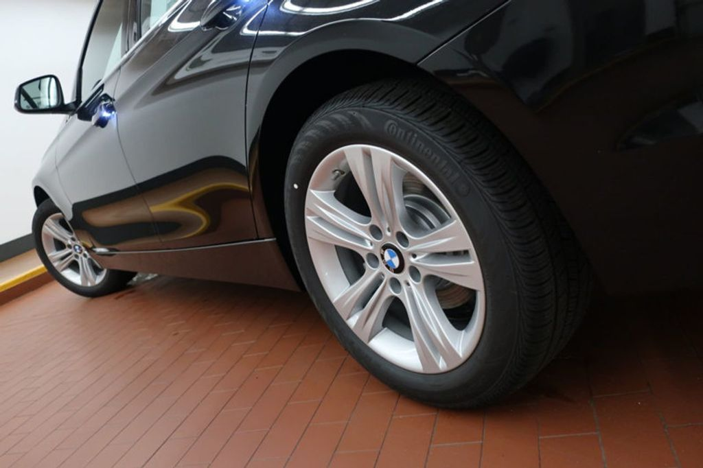 2017 BMW 3 Series 330i - 16640641 - 9