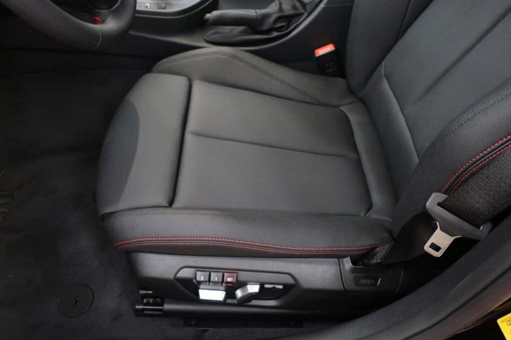 2017 BMW 3 Series 330i - 16640641 - 13