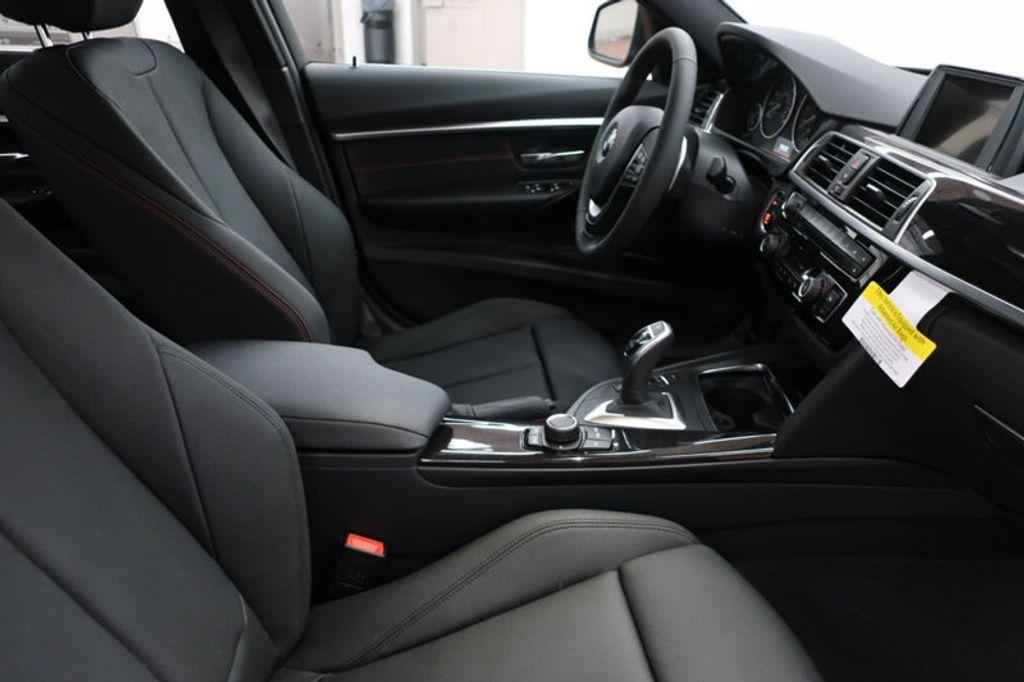 2017 BMW 3 Series 330i - 16640641 - 21