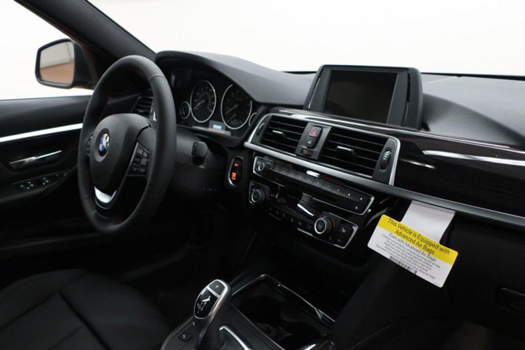 2017 BMW 3 Series 330i - 16640641 - 25