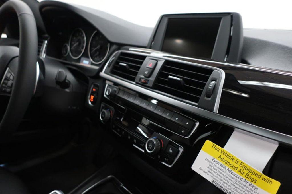 2017 BMW 3 Series 330i - 16640641 - 26
