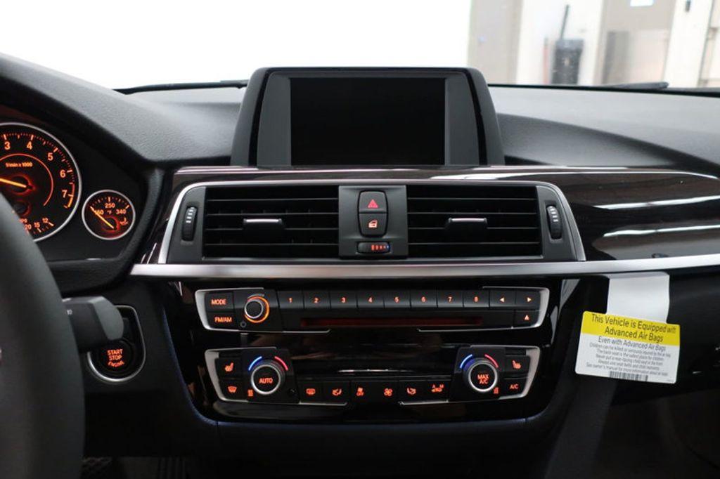 2017 BMW 3 Series 330i - 16640641 - 41