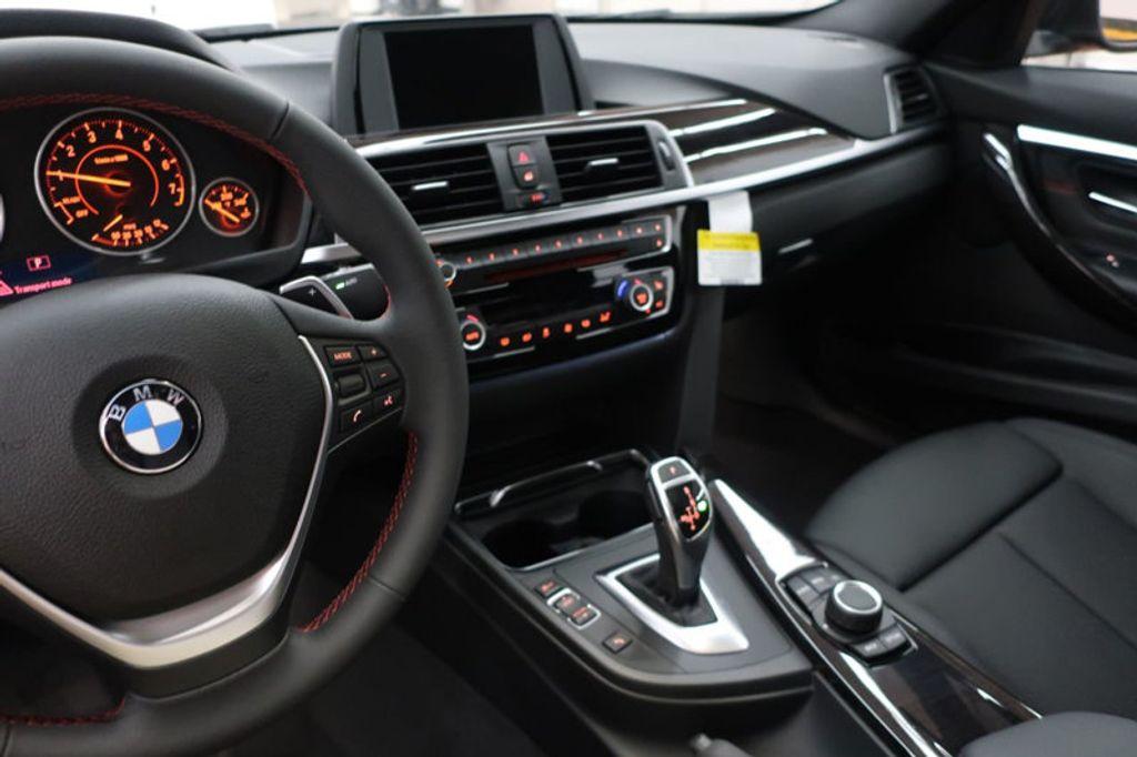 2017 BMW 3 Series 330i - 16640641 - 47