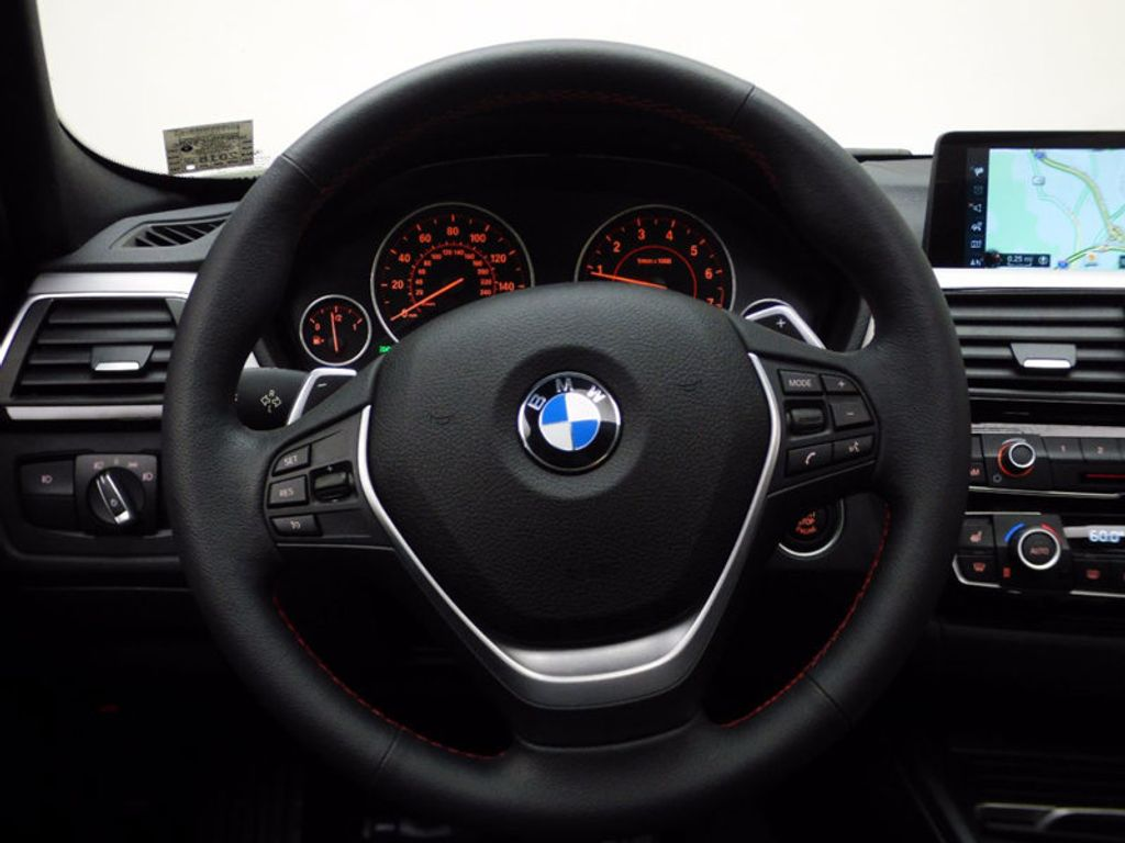 2017 BMW 3 Series 330i xDrive - 16690677 - 19