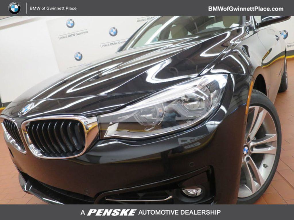 2017 BMW 3 Series 330i xDrive Gran Turismo - 15719351 - 0