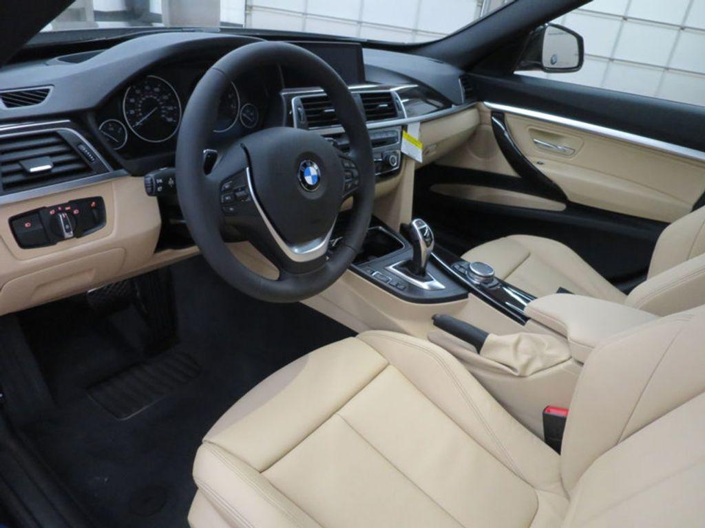 2017 BMW 3 Series 330i xDrive Gran Turismo - 15719351 - 13