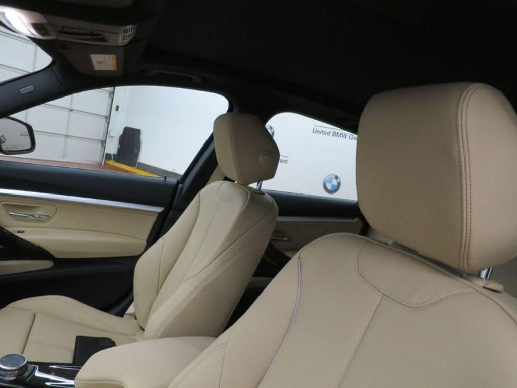 2017 BMW 3 Series 330i xDrive Gran Turismo - 15719351 - 17