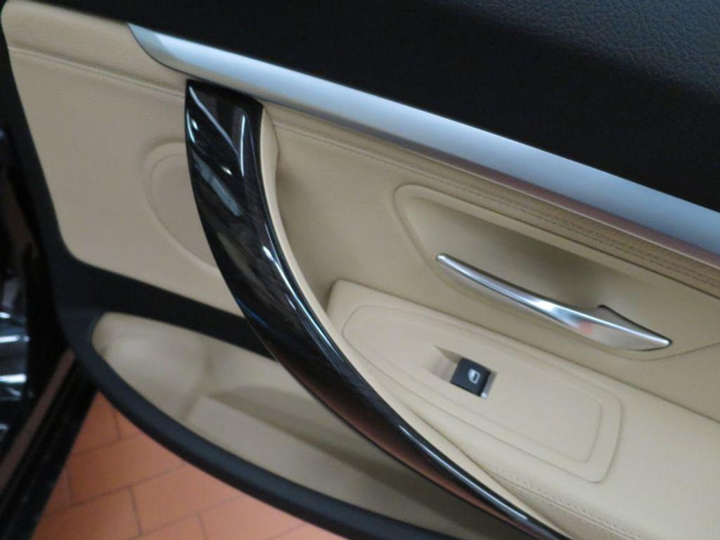 2017 BMW 3 Series 330i xDrive Gran Turismo - 15719351 - 25