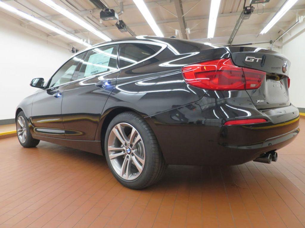 2017 BMW 3 Series 330i xDrive Gran Turismo - 15719351 - 2