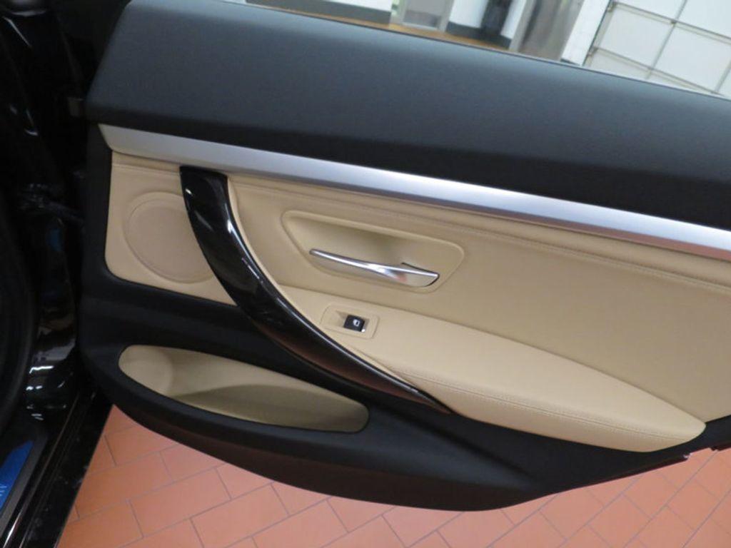 2017 BMW 3 Series 330i xDrive Gran Turismo - 15719351 - 34