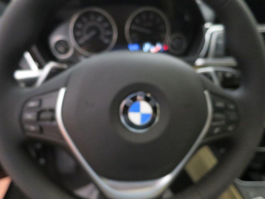 2017 BMW 3 Series 330i xDrive Gran Turismo - 15719351 - 44