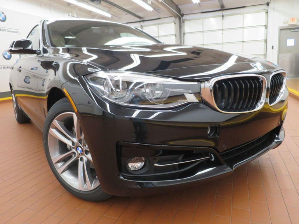 2017 BMW 3 Series 330i xDrive Gran Turismo - 15719351 - 5