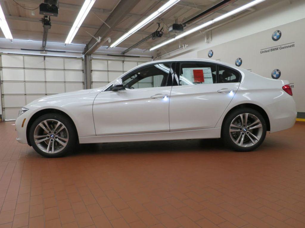 2017 BMW 3 Series 340i - 15768011 - 1