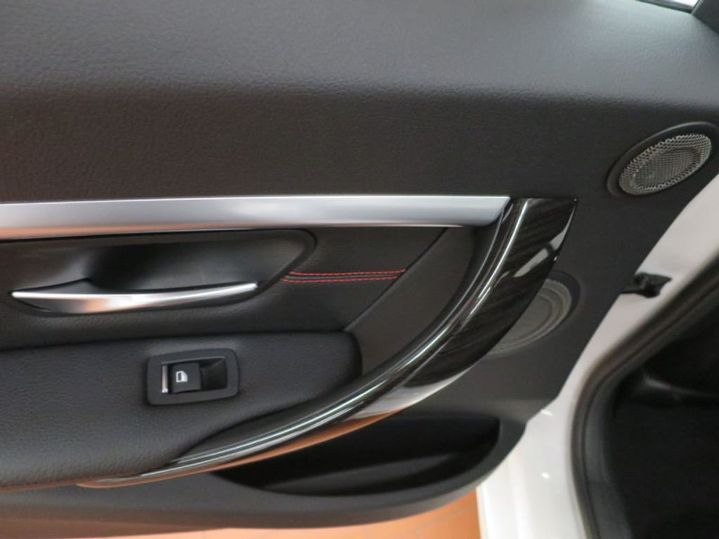 2017 BMW 3 Series 340i - 15768011 - 21