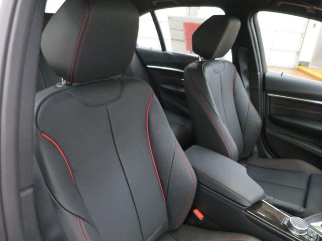 2017 BMW 3 Series 340i - 15768011 - 29