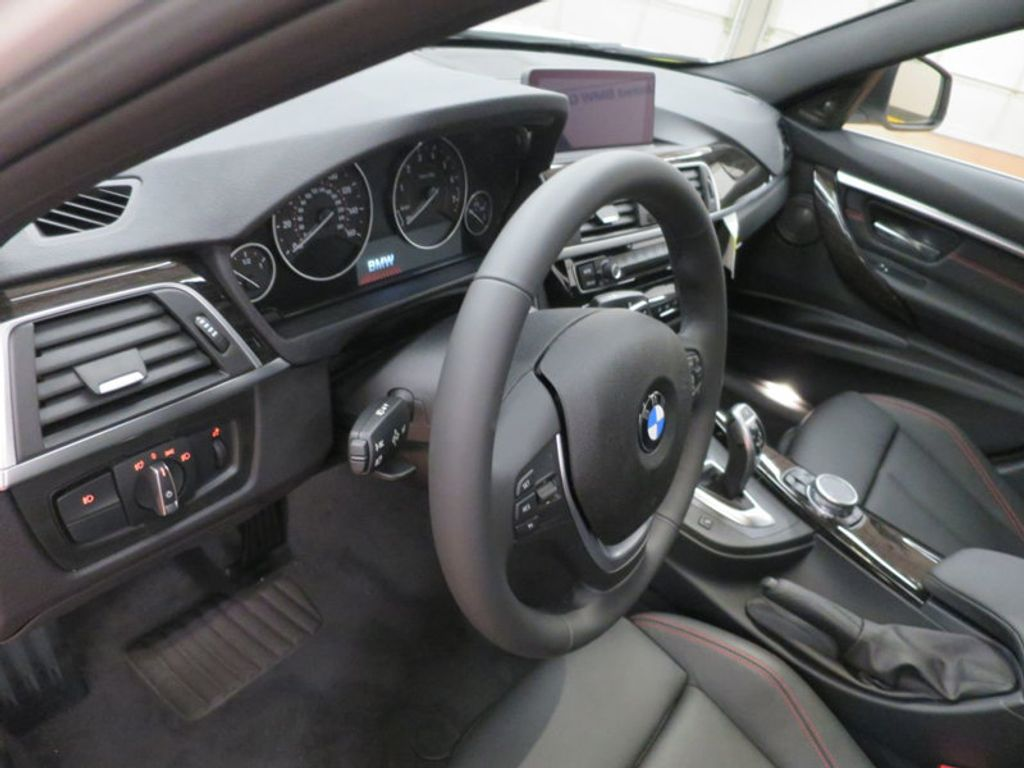 2017 BMW 3 Series 340i - 15768011 - 42