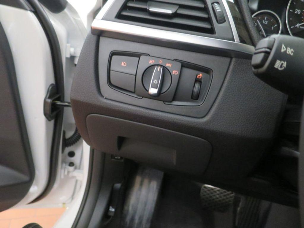 2017 BMW 3 Series 340i - 15768011 - 43