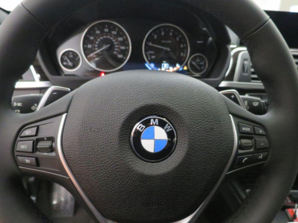 2017 BMW 3 Series 340i - 15768011 - 45