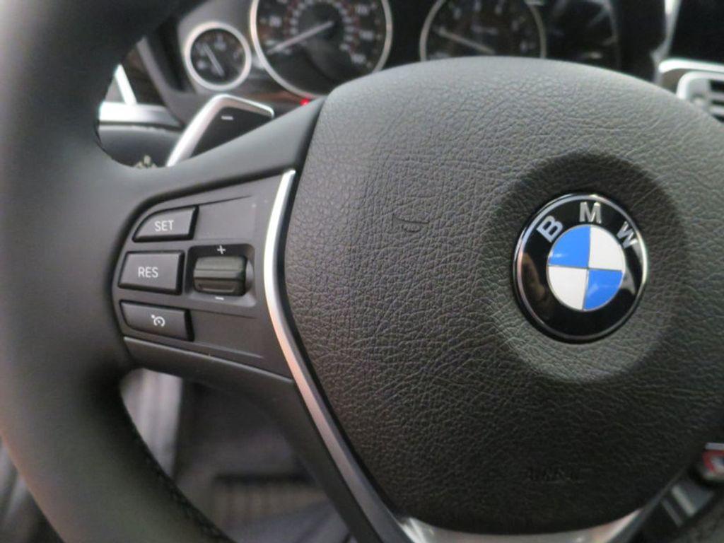 2017 BMW 3 Series 340i - 15768011 - 46