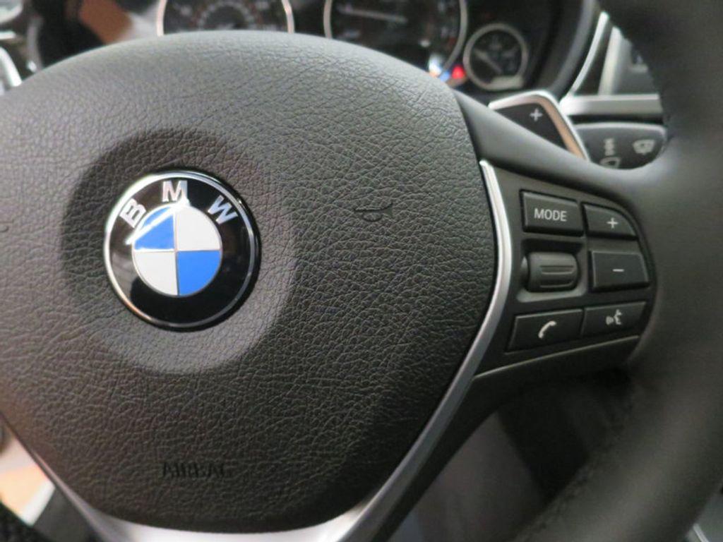 2017 BMW 3 Series 340i - 15768011 - 47