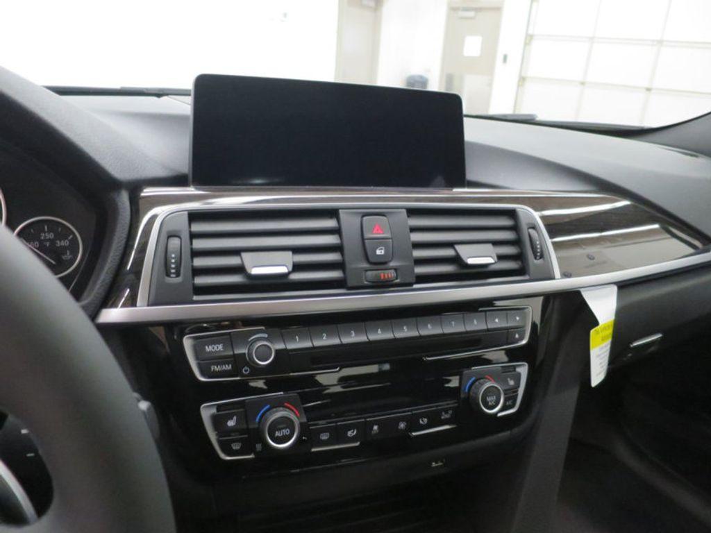 2017 BMW 3 Series 340i - 15768011 - 49