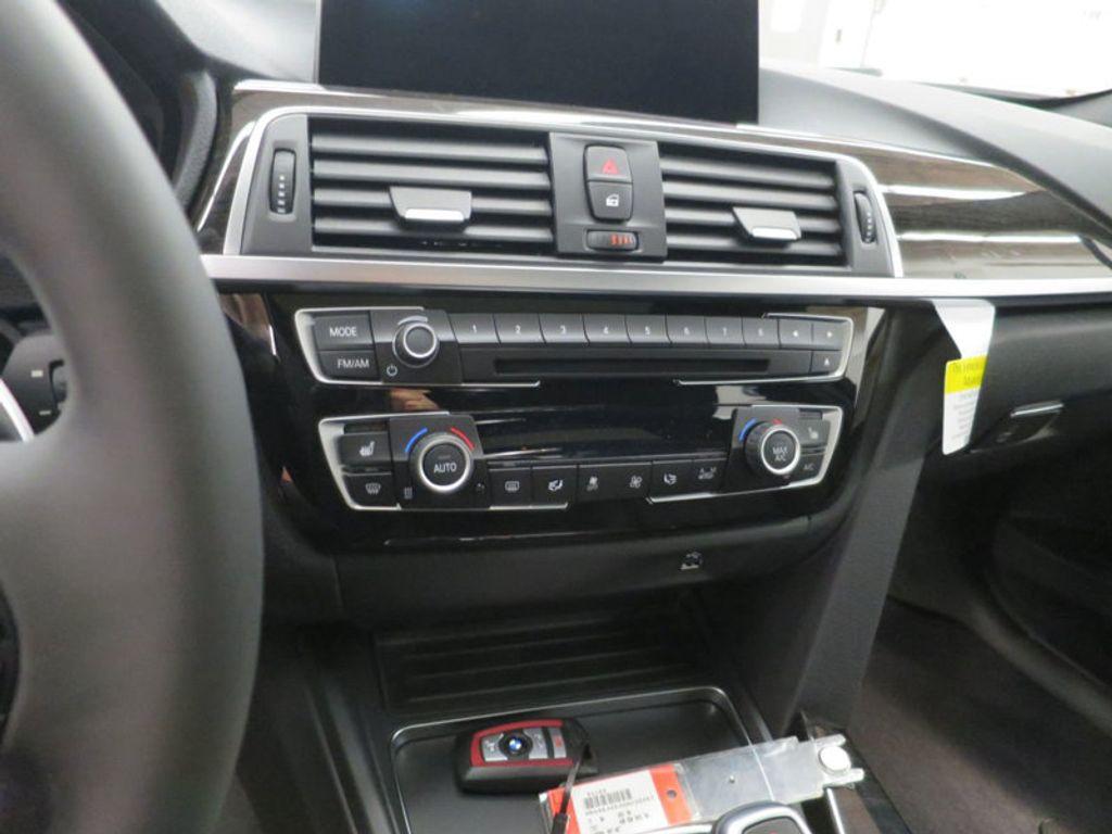 2017 BMW 3 Series 340i - 15768011 - 50